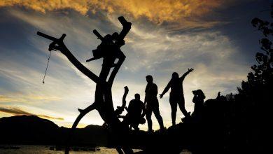 Photo of Siluet Di Danau Singkarak Yang Memanjakan Mata, Sumatera Barat